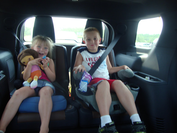 picture of Kids sitting in third row of Ford Explorer
